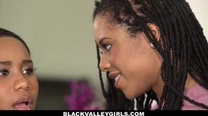 μεγάλος tittie Ebony λεσβίες
